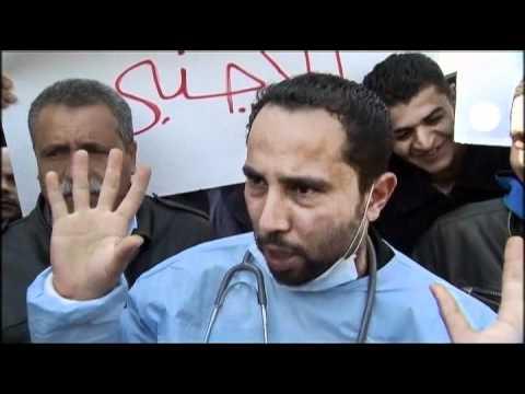 L'étau se resserre autour du régime libyen