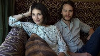 Nonton Taylor Kitsch And Liane Balaban On The Grand Seduction Film Subtitle Indonesia Streaming Movie Download