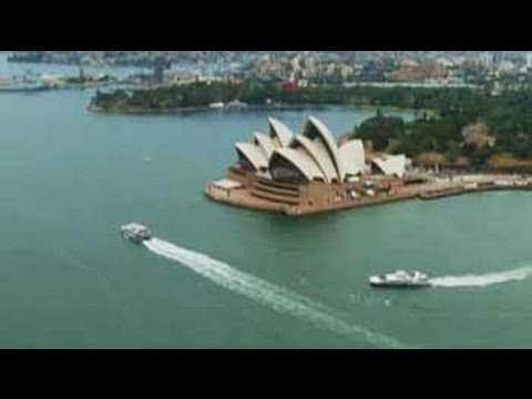 sydney - Ten Things To Do Around The World: Our host Rasik Chopra continues his adventurous journey through Sydney as he takes a 360 degree look of Sydney from top of...
