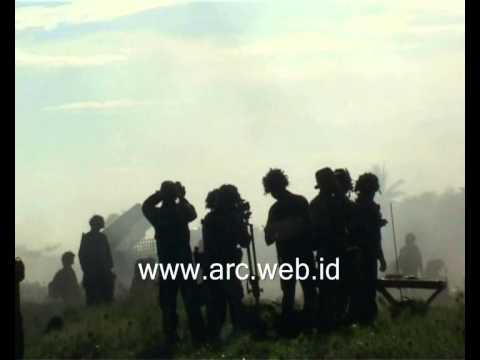 Berita Video : Operasi Pendaratan Pasukan Latgab TNI 2013