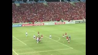 Rodinei faz um belo gol, a torcida do Flamengo fica em êxtase e na comemoração o José Aldo Junior fica louco! Hahhahahaha