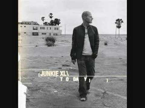 Junkie XL - Mad Pursuit lyrics