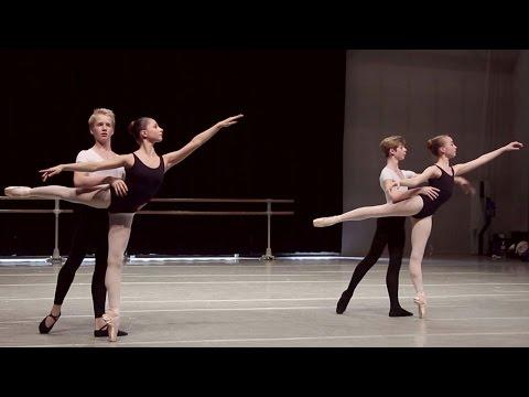 Danse classique - Adage / filles et garçons 15-16 ans / ballet school girls & boys