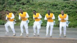 Melaku Bireda - Ambareni - New Ethiopian Music 2015 (Official Music Video)