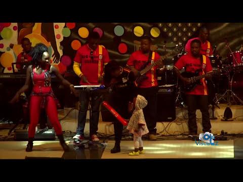 REMA NAMAKULA performing LOWOZA KUNZE Live at EDDY KENZO Concert 2016