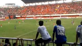 Video BOBOTOH SLEMAN INVASION ! persib vs persija MP3, 3GP, MP4, WEBM, AVI, FLV Juli 2018