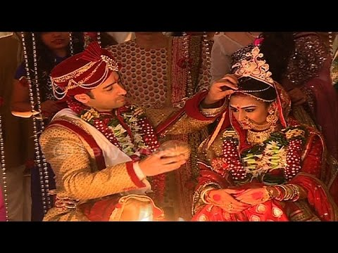 Dev and Sonakshi's GRAND WEDDING CONTINUES in Kuch