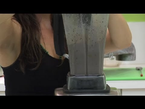 How to Make a Blueberry Protein Shake : Healthy Drinks &amp; Foods