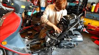 8. Removing a scooter engine