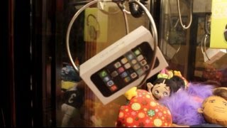 iPhone 5s CLAW MACHINE WIN! | JOYSTICK