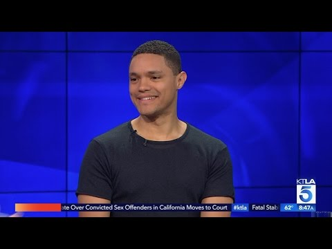 Trevor Noah Reveals He Can't Keep Up with Daily Breaking  News (видео)