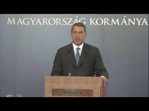 Lázár János, a Miniszterelnökséget vezető miniszter a 64. Kormányinfón a Heti Tv kérdésére válaszolt.