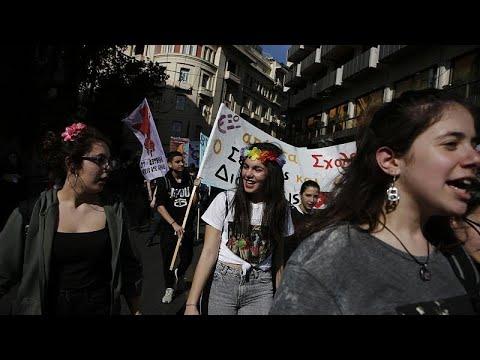 Ελλάδα: Φεμινιστική απεργία και πορεία υπέρ της ισότητας…