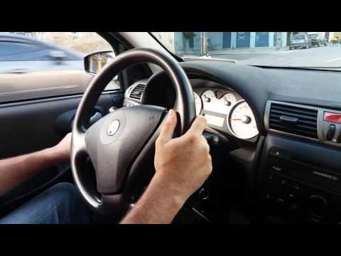 Stilo 2009 adaptado com acelerador e freio mecânico manual.