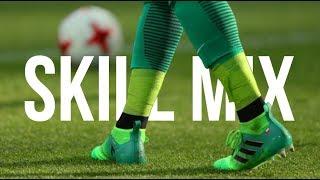 Ultimate football Skills 2017 - Skill Mix ft. CR7 BALE MESSI NEYMAR HAZARD POGBA SANCHEZ DYBALADownload Onefootball for FREE: http://bit.do/AllFootball_JulyVideo Editor ➢ All FootballProgram ➢ Adobe Premiere Pro CC 2015FACEBOOK ➢ https://www.facebook.com/AllFootball99/INSTAGRAM ➢ allfootball28Song ➢ JP Cooper - September Song (JELLYFYSH Remix)