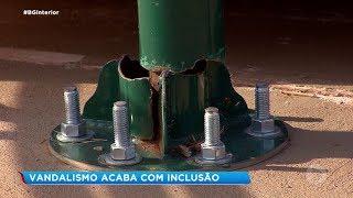 Bauru: vandalismo destrói praça inclusiva