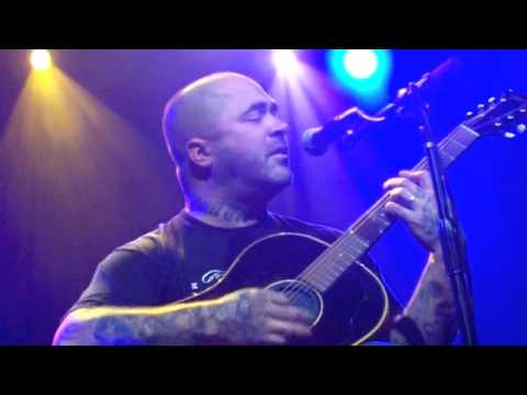 Epiphany Acoustic Aaron Lewis Staind Live