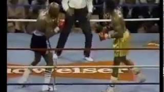 "Video 1ST RD. Considered By Many The Greatest Round In Boxing History They Simply Named It ""The War"" MP3, 3GP, MP4, WEBM, AVI, FLV Februari 2019"