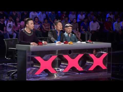 Trấn Thành sửng sốt trước màn hát giả giọng của thí sinh Vietnam's Got Talent
