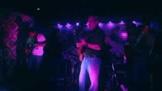 Claudio Gabis & Dios los Cria - Desconfio (Live)