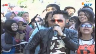 download lagu download musik download mp3 Irwan D'Academy - Benang Biru (Live on Inbox)