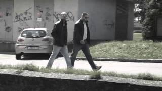 Video C-GUN feat MC KOS - Oblek na míru (Kamokeri soundtrack)