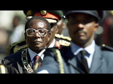 Ρ. Μουγκάμπε: Ήρωας ή δικτάτορας