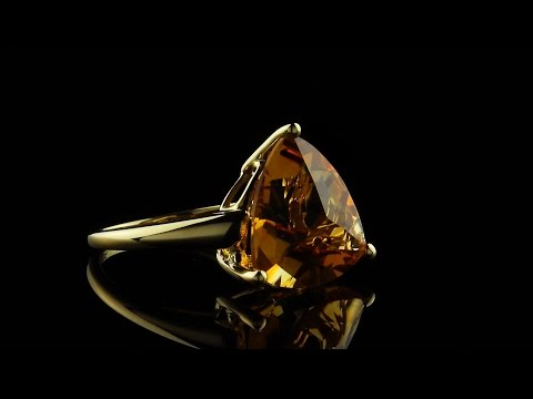 Yellow gold citrine ring jewelry photography & videography by AVprophoto