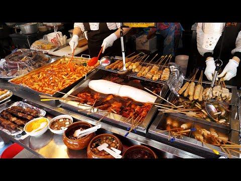 새벽까지 하는 시장떡볶이, 튀김, 순대 - 봉덕시장 / The most popular street foods in Korea