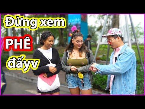 Đừng xem - LTA làm ảo thuật cho 2 e gái Tây | Beautiful Street Magic in Vietnam - Thời lượng: 4 phút, 54 giây.