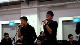 Video Aliff Aziz & Syarif SleeQ- One In A Million (Live Band Acoustic) MP3, 3GP, MP4, WEBM, AVI, FLV Agustus 2018