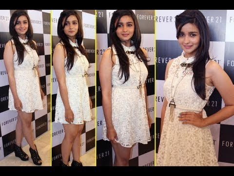 SPOTTED! Alia Bhatt At A Store Launch