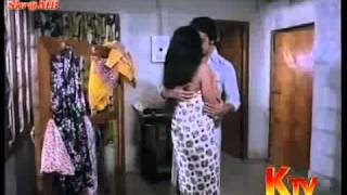 Video Sridevi Bathing And Hot With Kamala Hasan...-knshare.com download in MP3, 3GP, MP4, WEBM, AVI, FLV January 2017