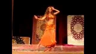 فرش ایرانی به همراه رقص عربی در فرش فروشی جهان در ژاپن Persian Carpet JAHAN