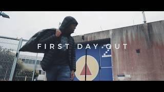"""JoeyAK komt weer met een nieuwe video genaamd """"First Day out"""" JoeyAK is hard aan het werk en er komen veel meer dingen..."""