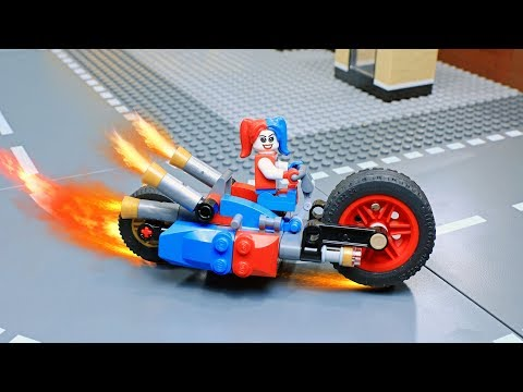Lego Harley Quinn Builder: Gotham City Cycle Chase Building