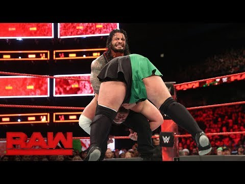 Video Roman Reigns vs. Samoa Joe - Intercontinental Championship Match: Raw, Dec. 25, 2017 download in MP3, 3GP, MP4, WEBM, AVI, FLV January 2017