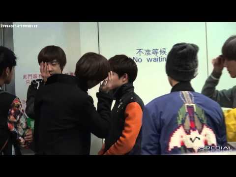 [Fancam] 121130 EXO D.O. Do Kyungsoo & KAI Kim Jongin @ Airport and MAMA [KAISOO].mp4 (видео)