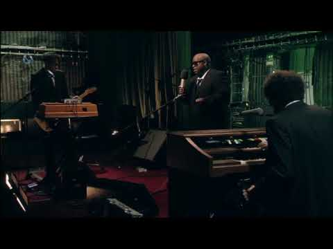 Gnarls Barkley - From the Basement performance.