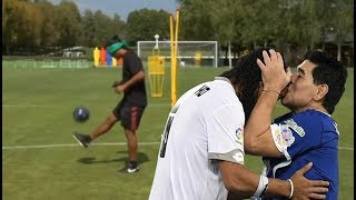 Video 10 Impossible Things That Only RONALDINHO Did In Football HD MP3, 3GP, MP4, WEBM, AVI, FLV Maret 2019
