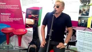 "Video Adi Putra nyanyi secara live ""Tentang Dhia"" MP3, 3GP, MP4, WEBM, AVI, FLV Desember 2017"