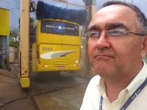 Água de reuso lava quase 100 ônibus ao dia