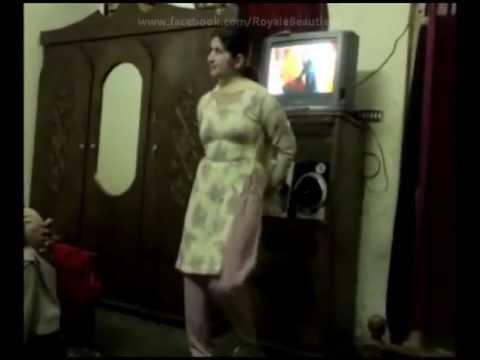 Video Pakistani Call Girl Sexy Dance With Pashto Song ( NEW VIDEO ) Heera Mandi In Lahore download in MP3, 3GP, MP4, WEBM, AVI, FLV January 2017