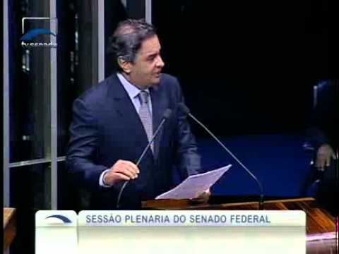 Aécio Neves lista 13 fracassos do governo do PT