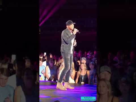 "CMA Fest 2018 | Cole Swindell | ""Breakup In The End"""
