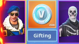 I sent the $500 SKIN to a RANDOM SUBSCRIBER and he FREAKED out.. (Rarest Fortnite Skins)