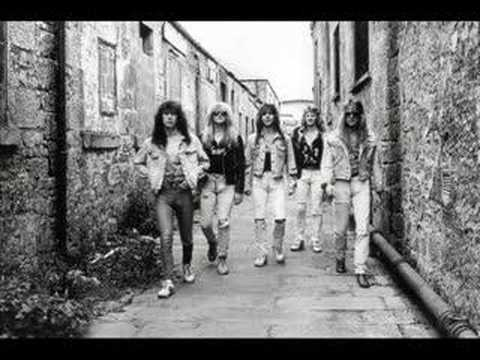 garrison - Amazing, extreme underground and underrated U.K.'s Melodic Hard Rock act from the late 80's. This is a terrific song! The massive keyboards, the big vocals, ...