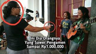 Video Gara Gara cover Lagu Daerah Pengamen Dapat Saweran Rp1.000.000 ( Mendadak Dapat Rezeky ) Part #4 MP3, 3GP, MP4, WEBM, AVI, FLV Februari 2019