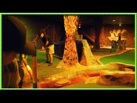 WHY IS THIS INDOOR MINI GOLF COURSE SO HARD?! (видео)