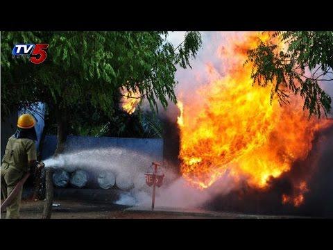 Fireworks Factory Blast | 10 Killed in East Godavari : TV5 News